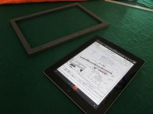 Customized Window Display Frame for iPAD img2